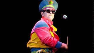 #8 - Philadelphia Freedom - Elton John - Live in Chicago 1988
