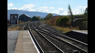Влюблённые работают на железной дороге и могут видеться только по 8 минут