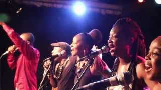 COLLECTIF HYFRICANS - EXTRAIT SPECTACLE O PATRO VYS - TITRE: UNITY by Fredy Massamba