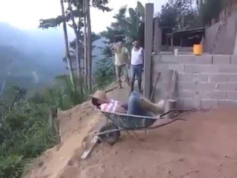Quand on fait la sieste sur un chantier on est jamais for Blague de la chaise