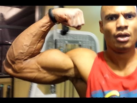 how to build triceps fast