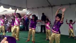 Chandhana performing Disco Deewane song on Holi day @ Fremont Temple