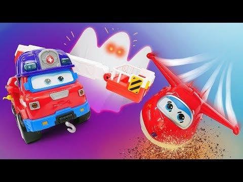 Сказка из игрушек про Хэллоуин - Мультик Супер крылья Джетт и Машины страшилки
