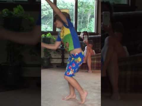 Despacito dancing kid