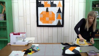 REPLAY: Make a Fall Friendship Braid Table Runner with Misty