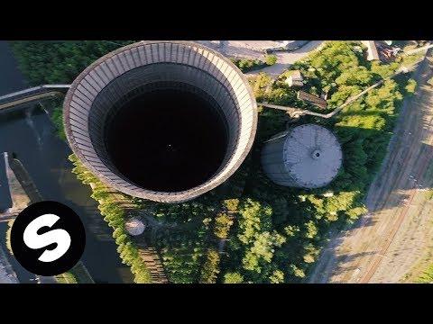 Piesa noua: Curtis Alto - Hold Me Close (Official Music Video)
