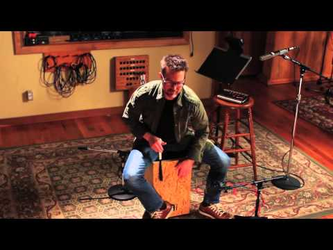 Cajon Solo - Bryan Brock playing the MEINL String Cajon Makah Burl