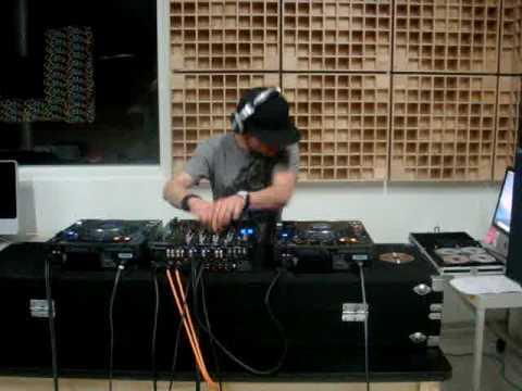 DJ BEn Towers C89.5 fm mix