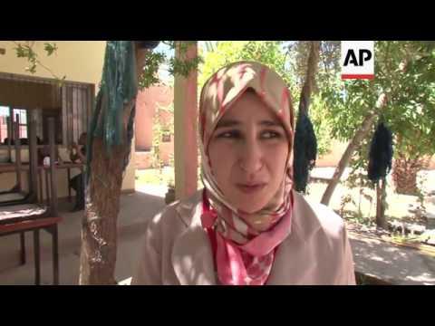 Berber women hope for fairer pay for rugs