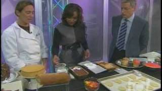 Donna 10 Show Nov 10th 2009 Talking About Pumpkin Cakes For The Holiday Season