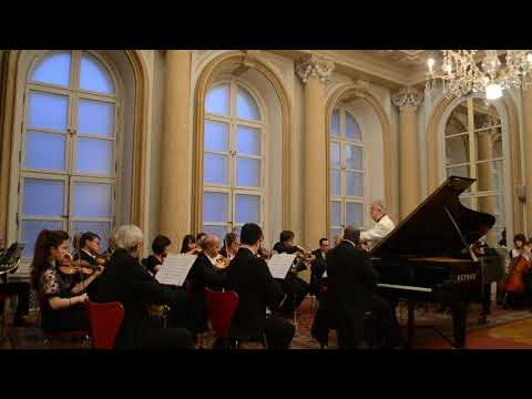 ADONIS GONZALEZ - Mozart Concerto K. 467  - Slovak State Opera Chamber Orchestra