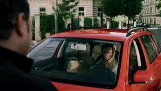 Kooperativa: Opice za volantem [reklama]