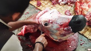 How to Processing Cow Brain | Cow Head Cutting in Meat Market By Professional Butcher
