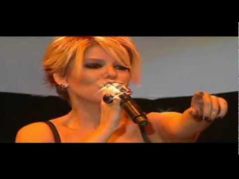 Gülben Ergen - Durdurun Dünyayı (HD - Official Video Klip)