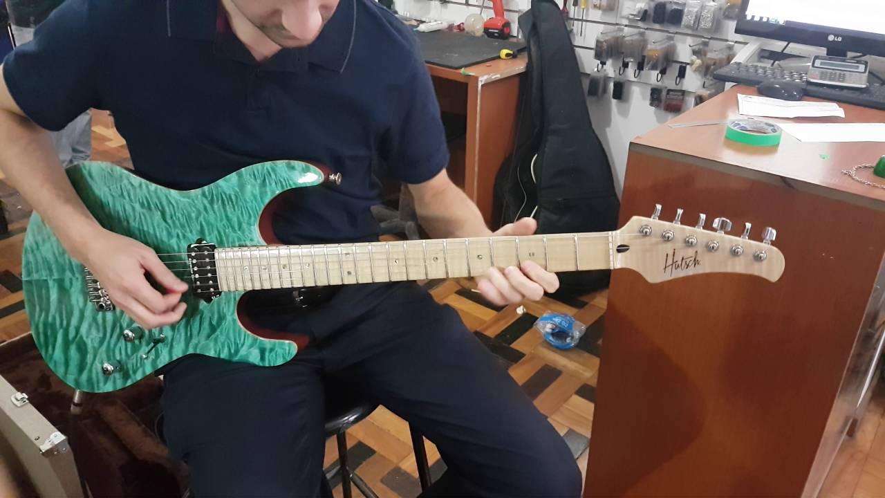 Hutsch custom shop guitarra de luthier teste de som for Guitarras de luthier