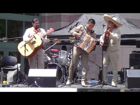 Mariachi Corbetas @ The Big Squeeze Accordion Contest 2009