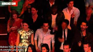 Веселый момент с кастом Волчонка  MTV Movie Awards 2012