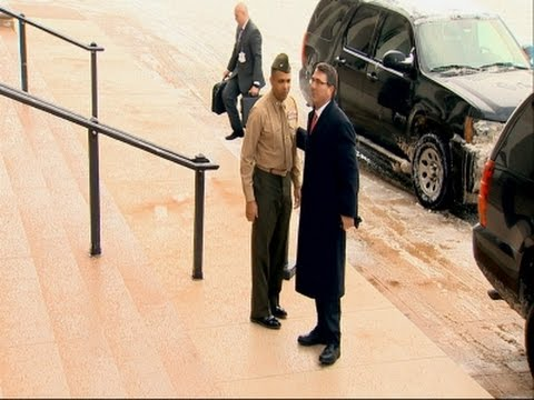 Ash Carter Arrives at Pentagon for First Day - видео онлайн
