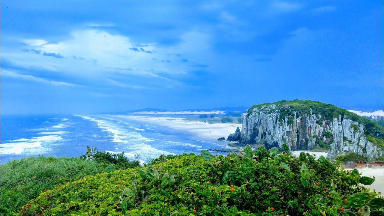Praia da Guarita - Torres RS, Brasil | Torres rs, Torre, Praia