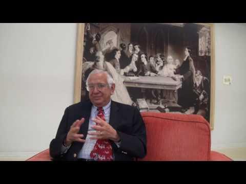 Entrevista com Dr. Justo Gonzaléz