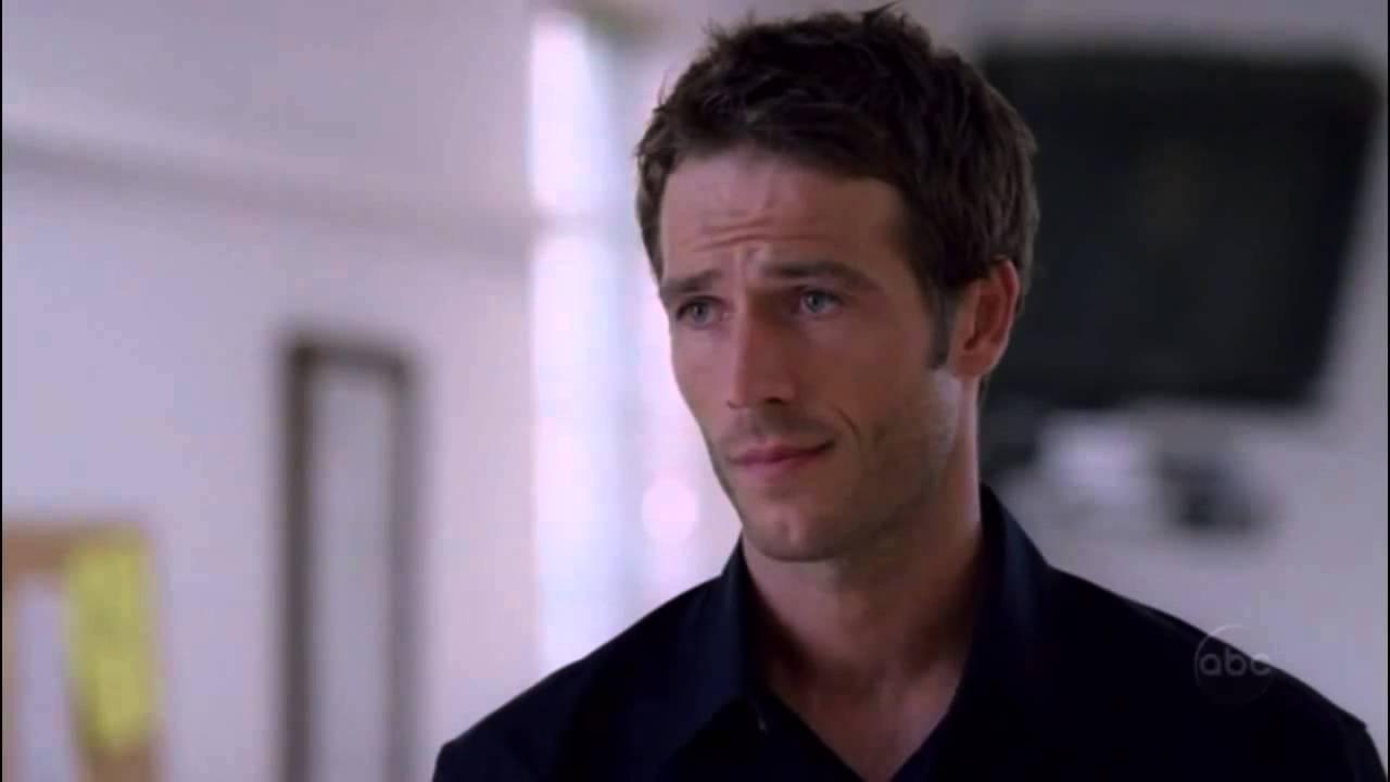 Download ALIAS Sydney Vaughn Moment 155  Season 3 Episode 2 HD)