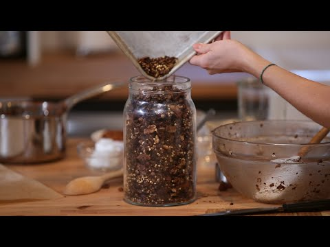 Chocolate Chia Pre-Workout Granola Nutrition for Performance & Recovery