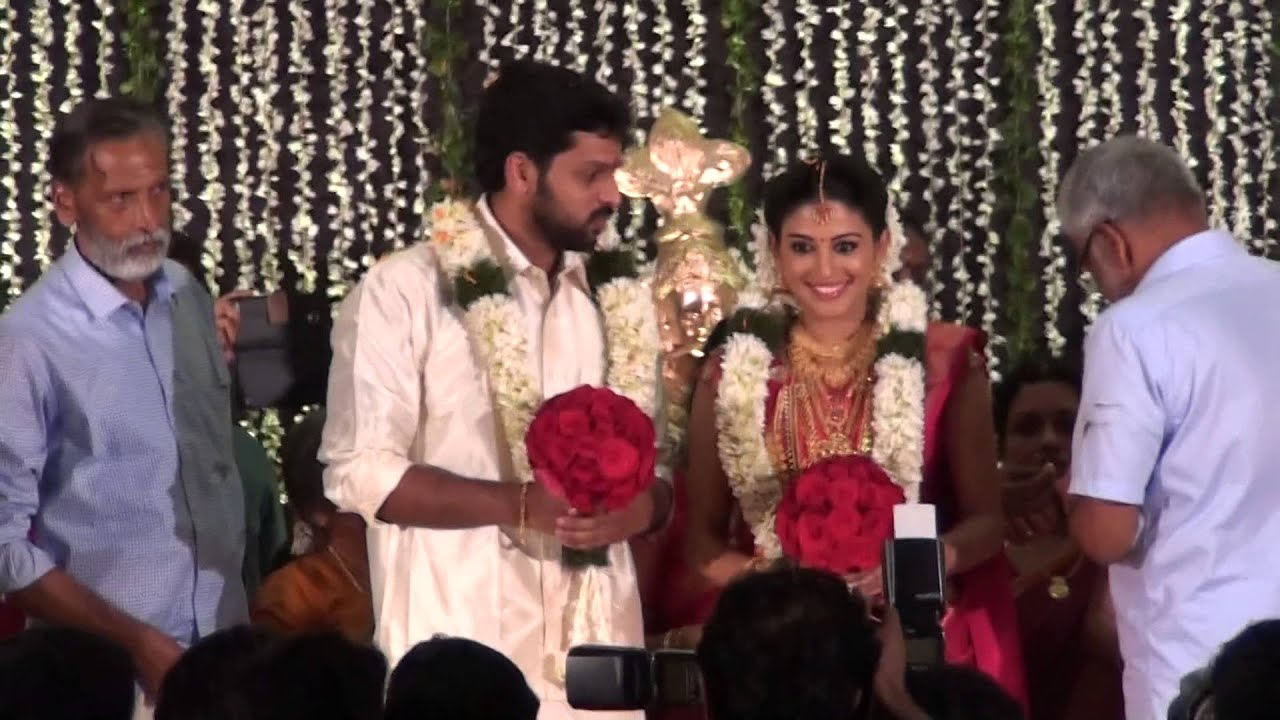 Film Star Sreelekha Marriage Kamals Living Together FameMalayalam Cinema News HotDaffo Zoom