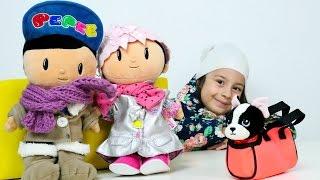 Pepee ve Şila oyuncakalrı dışarı çıkmak için hazırlanıyorlar