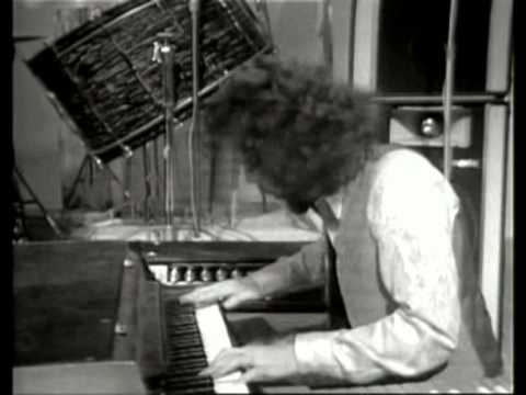 "SPIRIT-RANDY CALIFORNIA: 1970 ""Fresh Garbage"" TV appearance"