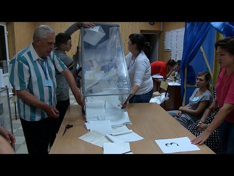 Житомир.info   Новости Житомира: Як рахували голоси на одній із виборчих дільниць у центрі Житомира - Житомир.info