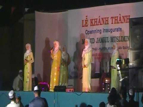 Cham Muslim Kambulan Qasidah in Vietnam