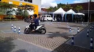trik lulus ujian praktek SIM baru