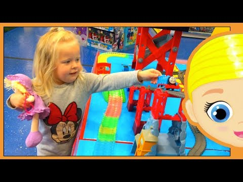 BAD BABY TOY STORE SHOPPING IRL - IN REAL LIFE GIFT LOL SURPRISE DOLL