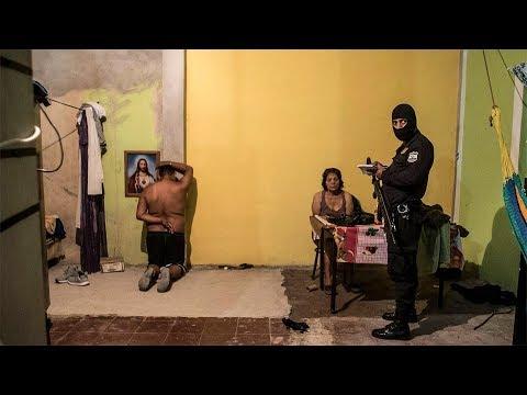 Una noche como testigo de la violencia en El Salvador