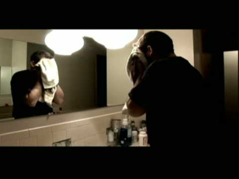 Mirror horror scene youtube for Horror movie bathroom scene