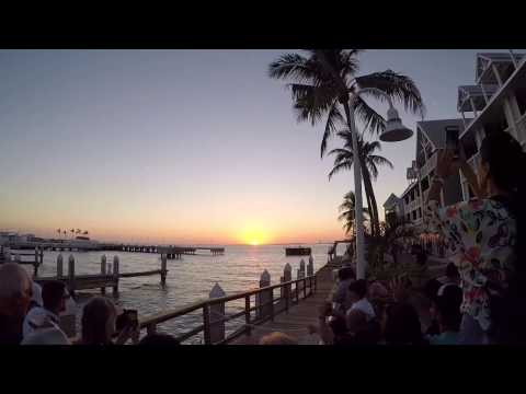 24 Hours in Key West - SNORKELING FORT ZACHARY TAYLOR BEACH