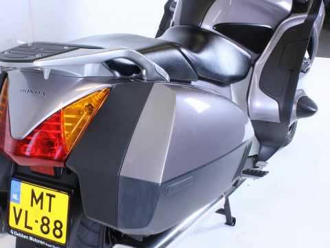 Honda  ST 1300 PAN EUROPEAN DE LUXE