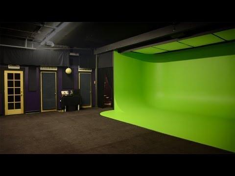 Portland's Own Island Station Media Lab Video Tour Through Google Glass