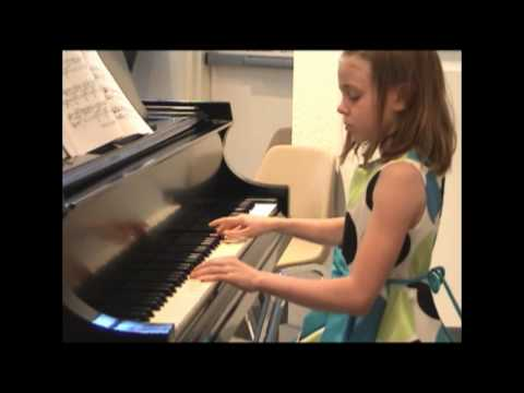 Fur Elise  Beethoven  9 yr old Full Version piano