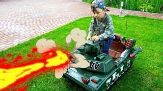 سينيا يطلق النار من دبابة. مجموعة من أشرطة الفيديو للأطفال