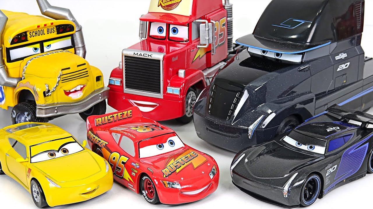 New Disney Pixar Cars 3 Toys Jackson Storm Cruz Ramirez Lightning