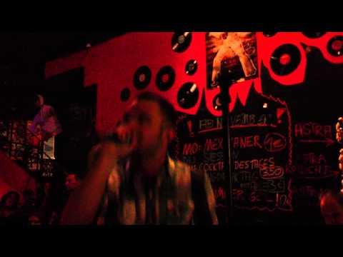 Last Resort - Karaoke Till Death