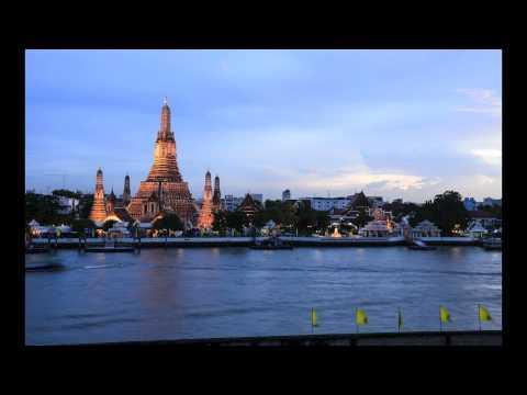 Sunset over Wat Arun Bangkok