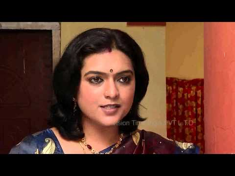 Ponnoonjal Episode 146 06/03/2014   Ponnoonjal is the story of a gritty mother who raises her daughter after her husband ditches her and how she faces the wicked society.   Cast: Abitha, Santhana Bharathi, KS Jayalakshmi  Bhoomika  introducing doctor gunal  to archana... Director: A Jawahar