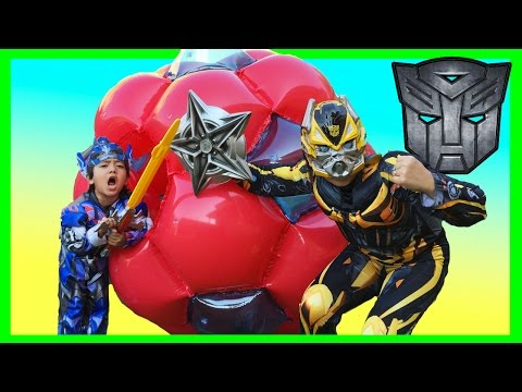 GIANT BALL SURPRISE OPENING Transformer Optimus Prime Bumblebee Superheroes Toys Egg Kids Video
