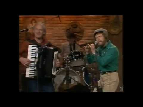The Irish Rovers Live 1988 - Swallows Tale -