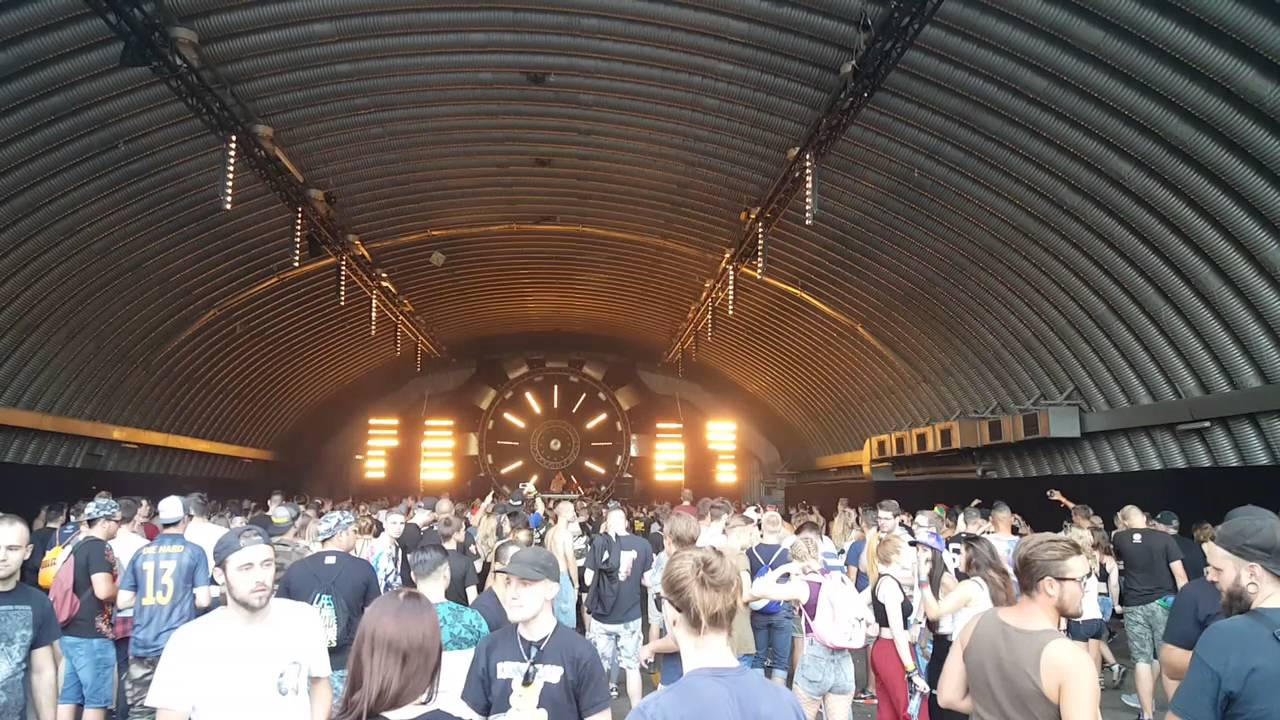 Q-base 2016 - Airport Weeze - YouTube
