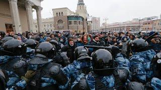 Hundreds arrested at fresh protests in support of Kremlin critic Navalny