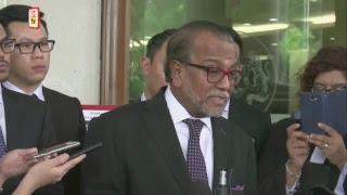 Peguam terkemuka Tan Sri Muhammad Shafee Abdullah mengaku tak salah