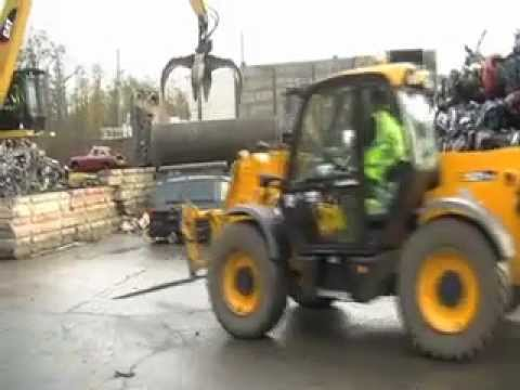 Crushing of a car seized from illegal cab driver